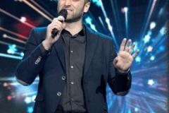 Фіналіст-проекту-X-Фактор-Сергій-Гладир